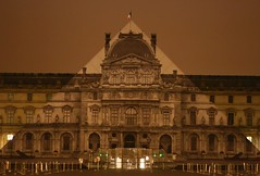 Illusion Pyramid (Nanak26) Tags: paris france water glass seine night canon river missing pyramid louvre jr faded illusion romantic rise nuit pyramide floods berges flooded riverbanks crue illusory romantique spate indondation