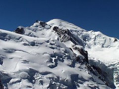 Cima del Mont Blanc (2005) (PacotePacote) Tags: mountain alpes nieve summit montaa mont glaciar bianco blanc aiguilledumidi montaismo cumbre