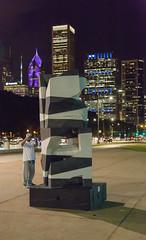 0120 Lake Shore Drive (TWITA2005) Tags: chicago illinois unitedstates sculpture lakeshoredrive
