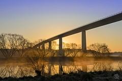 Ruhrtalbrücke am Morgen (jennifer.stahn) Tags: bridge light sunset sun nature fog sunrise river landscape licht nikon nebel jennifer brücke sonnenaufgang ruhr ruhrgebiet mülheim ruhrtalbrücke ruht stahn d7000