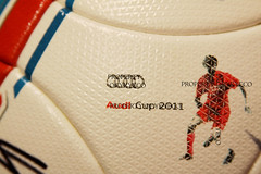 TORFABRIK BUNDESLIGA 2011-12, AUDI CUP 2011 MATCH USED ADIDAS BALL, FC BARCELONA VS FC BAYERN MUNCHEN - SIGNED BY FC BAYERN MUNCHEN  10 (ykyeco) Tags: barcelona cup ball bayern football fussball top soccer ballon used match munchen vs bola adidas audi fc pelota signed bundesliga palla balon pallone pilka  omb torfabrik 2011  matchball spielball 201112