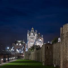 Mirando el Tower Bridge de otro lado (La ventana de Alvaro) Tags: