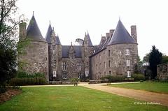 22 Ploubezre - Kergrist Château XV XVI XVIII (Herve_R 03) Tags: france castle architecture bretagne château côtesdarmor