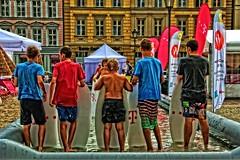 Windsurfing w miecie (zbyszekski) Tags: city nikon windsurfing oldtown rynek wrocaw breslau nikonphotography