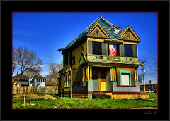 A Bright, but Abandoned Home (the Gallopping Geezer 3.5 million + views....) Tags: house building abandoned home mi canon paint downtown open bright decay michigan detroit sigma structure faded vacant worn derelict decayed geezer dwelling 24105 2016 5d3