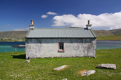 Duncansclett (Martin Third) Tags: sea building rural coast scotland unitedkingdom farm shetland burra westvoe shetlandislands westburra duncansclett
