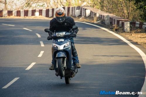 2015-Honda-Activa-125-Long-Term-06
