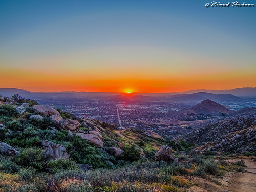 "Sunset from Box Springs Mountains (HDR) • <a style=""font-size:0.8em;"" href=""http://www.flickr.com/photos/59465790@N04/16941045542/"" target=""_blank"">View on Flickr</a>"