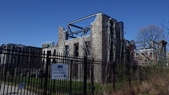 Ruins of Smallpox Hospital on Roosevelt Island, NYC - IMGP4205 (catchesthelight) Tags: skyline buildings manhattan ruin bluesky views rooseveltisland gothicrevival newyorkcityny springvisit april2016 thesmallpoxhostpital wwwtheruinorg