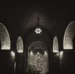 iglesia romanica Besal (Luis M) Tags: blancoynegro iglesia gerona romnico besal arteromnico