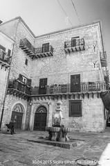 Petralia (Lord Seth) Tags: 2015 d5000 fontanadeiquattrocannoli lordseth petralia sicilia bw biancoenero borgo italy medievale nikon vicoli