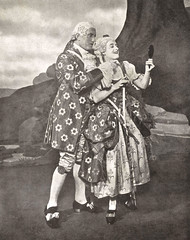 [9] Stroud and Lawson ~ Iolanthe: (painting in light) Tags: london vintage opera singing sphere gilbert sullivan gregory stroud gs gilbertandsullivan phyllis carte lawson vocal 1926 iolanthe winifred doyly princestheatre doylycarte strephon