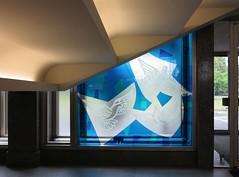 Untertreppengefieder / Stair-Loving Birds (bartholmy) Tags: blue abstract berlin stairs dove stainedglass minimal treppe ddr glasmalerei blau minimalism taube gdr abstrakt glassart esmt glaskunst minimalistisch minimalismus staatsratsgebude buntglasfenster