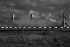 Kendall Energy - Minooka, IL - Aug 2016 - 5DS - 039 (Andre's Street Photography) Tags: minookailaug20165ds kendal energy powerplant gasfired station utility smoke clouds pollution blackandwhite bwphotography zwartwit zwartwitfotografie noiretblanc blancoynegro sky skies dramatic dramaticskies cloudscape 5ds eos canon environment