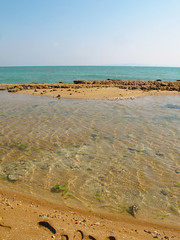 take a break, find some shells, breathe the fresh air  Qeshm, Iran (mohn_nika) Tags: ocean sea beach canon iran qeshm canonpowershotg11