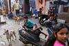 Kumbhar Wada - Mumbai, India (Maciej Dakowicz) Tags: street people india photography streetphotography bombay mumbai slum dharavi kumbharwada