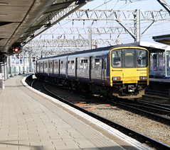 Manchester Piccadilly (DarloRich2009) Tags: manchester diesel main cost piccadilly lancashire line multiple northern manchesterpiccadilly dmu nederlandsespoorwegen northernrail cityofmanchester greatermanchester westcoastmainline wcml serco class150 manchesterpiccadillystation abellio 150144 diselmultipleunit manchesterpiccadillyrailwaystation sercoabellio unitwest