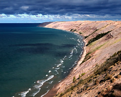 Visions Past - Log Slide Overlook, Sept 2010 (Michael Koole - Vision Three Images) Tags: park water clouds nikon waves upperpeninsula lakesuperior d300 picturedrocksnationallakeshore tamron2875mmf28 michaelkoole visionspast