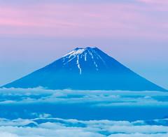 Soft color of the early summer sky (shinichiro*) Tags:    jp 20160610ds37138 2016 crazyshin nikond4s afsnikkor70200mmf28ged aiafsteleconvertertc14eii fuji kokushi june summer yamanashi nagano japan      candidate
