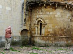Len. Stephen photographing a romanesque arch. (Sharon Frost) Tags: travel photography spain arches stephen romanesque len