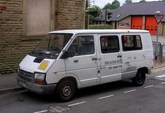 Renault  Trafic  minibus. (Lawrence Peregrine-Trousers) Tags: 3 renault phase trafic lwb mk1