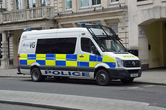 EX16 NZA (Emergency_Vehicles) Tags: london police essex vg 906 ex16nza