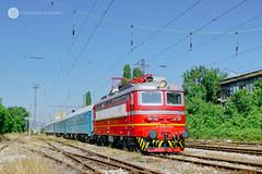 91 52 0044 078-1 (cossie*bossie) Tags: bdz 44 078 skoda electric locomotive 068e paseenger train 5611 sofia kulata zaharna fabrika station bulgarian railways bulgaria