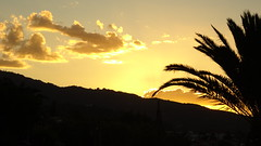 DSC03237 (omirou56) Tags: δυσηηλιου ακολη αιγιο αχαια αιγιαλεια πελοποννησοσ sonydscwx500 169 ελλασ ελλαδα ουρανοσ συννεφα φοινικασ δεντρο βουνο yellow hellas greece aigio achaia peloponnisos peloponnese peloponisos sunset sky clouds