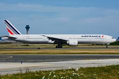 F-GSQD (Air France) (Steelhead 2010) Tags: boeing airfrance yyz freg b777 b777300er fgsqd
