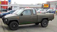 1996 Nissan King Cab 2.5 D 4WD (rvandermaar) Tags: king nissan d cab 1996 4wd pickup 25 nissankingcab grijskenteken sidecode5 vhsf73