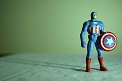 Iron man comic. (Juangs94) Tags: man movie iron comic cine p marvel ph escudo escundo