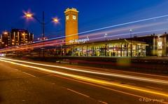 station Nijmegen (www.petje-fotografie.nl) Tags: station nijmegen licht strepen gelderland verkeer blauweuur