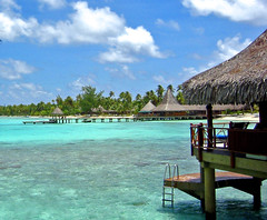High noon Hotel KIAORA Tahiti Rangiroa (sapphire_rouge) Tags: france kiaora lagoon resort atoll rangiroa polynesia snorkeling  tahiti franchpolynesia    atool polynsiefranaise  island