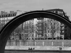 Paris - Under the Dome - (Jay Deuzieux Photography) Tags: street people urban blackandwhite bw white black paris france seine nikon noir arc human rue 75004 et blanc quai bord urbain stell humain