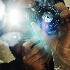 fb-spiegelblitz (henscheck) Tags: spiegelung selbstportrait blitzlicht henteaser