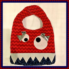 13138915_10153781436848878_4058544527559309248_n (1) (Fastest Needle in the west) Tags: baby sewing bibs