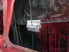 Window Clamp (Malcolm Bull) Tags: door window glass clamp 2000 junior alfa romeo gtv 105 gt winder include regulator dsc0258web
