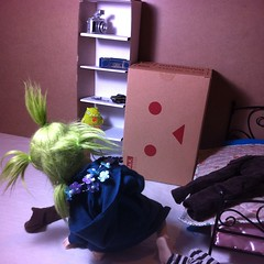5 (astrosnik) Tags: square robot comic cardboard squareformat bjd yotsuba danbo oceanmoon danboard cardbo iphoneography instagramapp uploaded:by=instagram