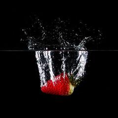 (mjaneroy) Tags: water fruit strawberry splash highspeed