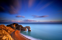 A new road or a secret gate (RF-Edin) Tags: sea beach nikon dorset durdledoor jurassiccoast leefilters