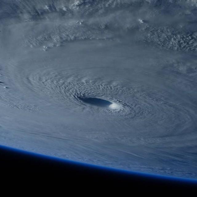 Super TYPHOON MAYSAK 超強颱風梅莎