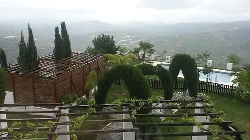 Llueve que te llueve en Tolox #MediTB15