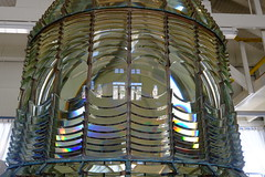 Fresnel Lenses (Xaf) Tags: california usa lighthouse faro highway1 eua fujifilm fresnel lente far pigeonpoint hwy1 lenses lent eeuu pacifichighway fujifilmxe2 esfujifilmx