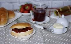 Quando dolce e amaro si incontrano: la marmellata di fragole e rabarbaro (RicetteItalia) Tags: cucina conserve ricette marmellate