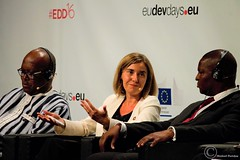 Federica Mogherini, High Representative of the European Union for Foreign Affairs and Security Policy and Vice-President of the European Commission - European Development Days (EDD 2016) (Durickas) Tags: edd edd2016 europeandevelopmentdays brussels tourtaxis federicamogherini highrepresentative europeanunionforforeignaffairsandsecuritypolicy vicepresidentoftheeuropeancommission mogherini