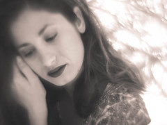 Repose (i-r-paulus) Tags: reversed legacylens helios442 russianlens girl blurry portrait naturallightportrait