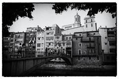 Girona, old view (Salva Pags) Tags: old blackandwhite bw blancoynegro rio river girona antiguo antic gerona blancinegre riu blancetnoir onyar