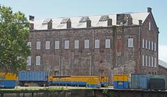 oud industrieelpand bij Hoogkerk (willemsknol) Tags: hoogkerk groningen willemsknol