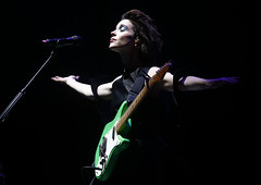 St. Vincent @ Lollapalooza Chile 2015 (vibescl) Tags: chile santiago music ecology festival outdoors stvincent lollapalooza lotuspro lotusproducciones lolla2015