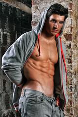 Ronny (Violentz) Tags: shirtless portrait man male guy model modeling body fitness ronny physique patricklentzphotography